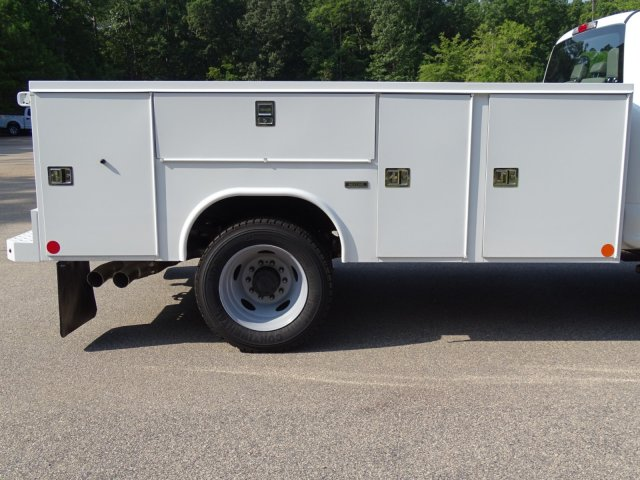 2019 F-550 Crew Cab DRW 4x2,  Reading Service Body #T979021 - photo 39