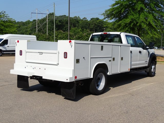 2019 F-550 Crew Cab DRW 4x2,  Reading Service Body #T979021 - photo 2
