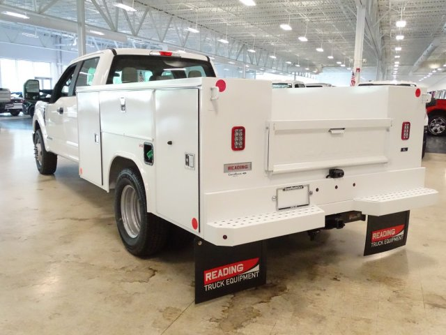 2019 F-350 Crew Cab DRW 4x2,  Reading Service Body #T980007 - photo 1