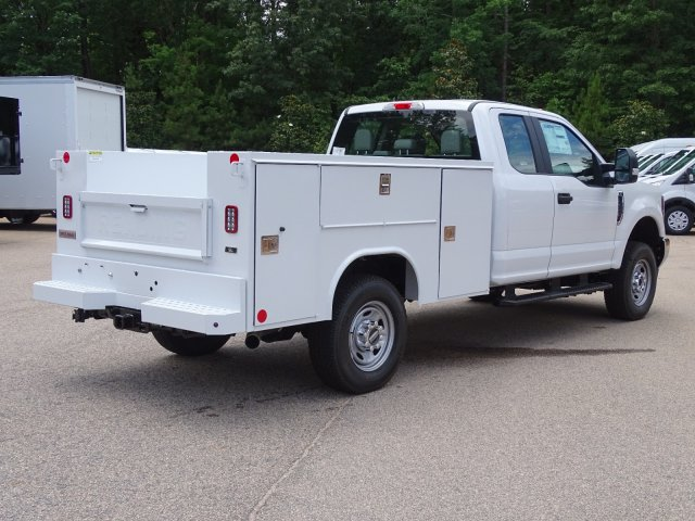 2019 F-250 Super Cab 4x4,  Reading Service Body #T980021 - photo 1
