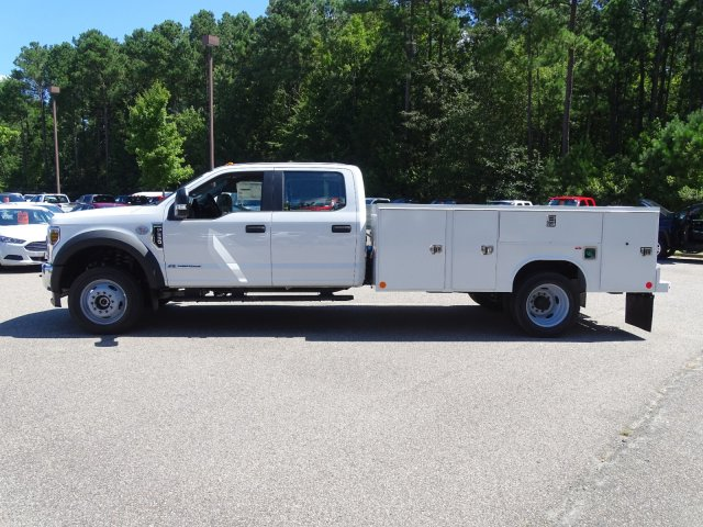 2019 F-550 Crew Cab DRW 4x4,  Reading Service Body #T980257 - photo 1