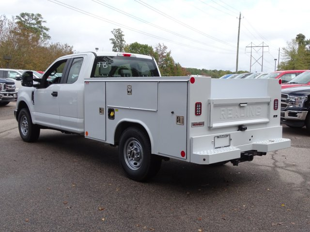 2019 Ford F-250 Super Cab 4x2, Reading Service Body #T980832 - photo 1