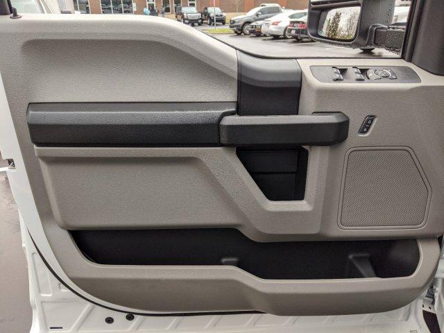 2019 Ford F-550 Crew Cab DRW 4x2, PJ's Platform Body #T980886 - photo 16