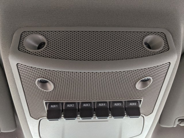 2019 Ford F-550 Crew Cab DRW 4x2, PJ's Platform Body #T980886 - photo 26