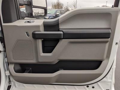 2019 Ford F-550 Crew Cab DRW 4x2, PJ's Platform Body #T980886 - photo 46
