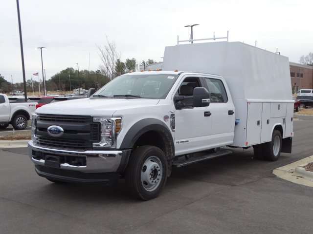 2019 Ford F-550 Crew Cab DRW 4x4, Reading Service Body #T980943 - photo 1