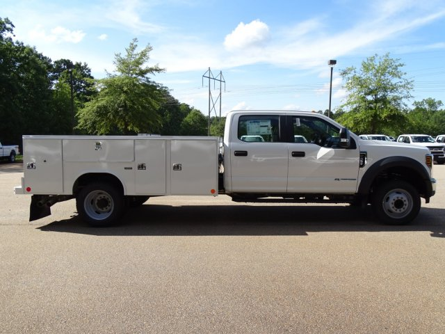 2019 F-450 Crew Cab DRW 4x2,  Reading Service Body #T989008 - photo 6