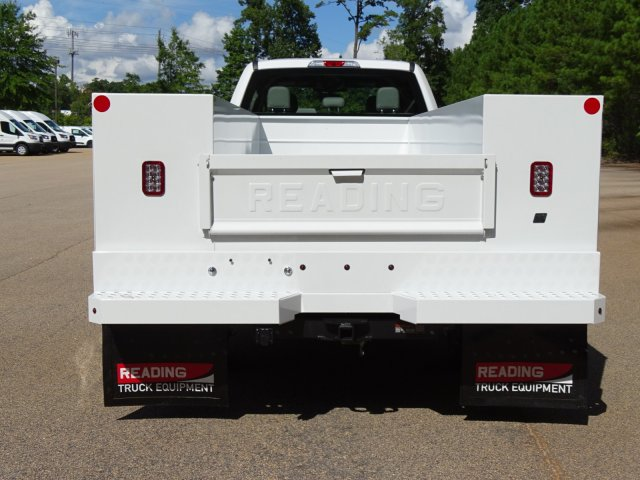 2019 F-450 Crew Cab DRW 4x2,  Reading Service Body #T989008 - photo 4