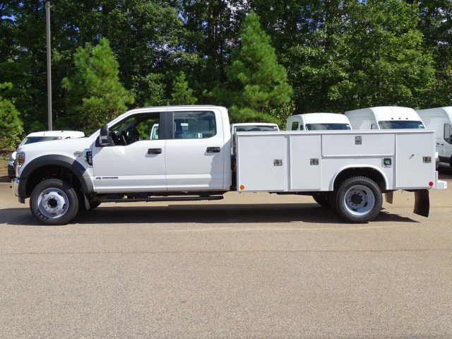 2019 F-450 Crew Cab DRW 4x2,  Reading Service Body #T989008 - photo 3