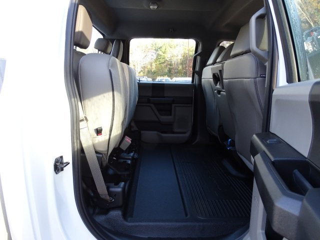2019 F-450 Crew Cab DRW 4x4,  Reading SL Service Body #T989051 - photo 40