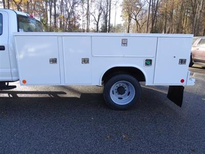 2019 F-450 Crew Cab DRW 4x4,  Reading SL Service Body #T989051 - photo 34