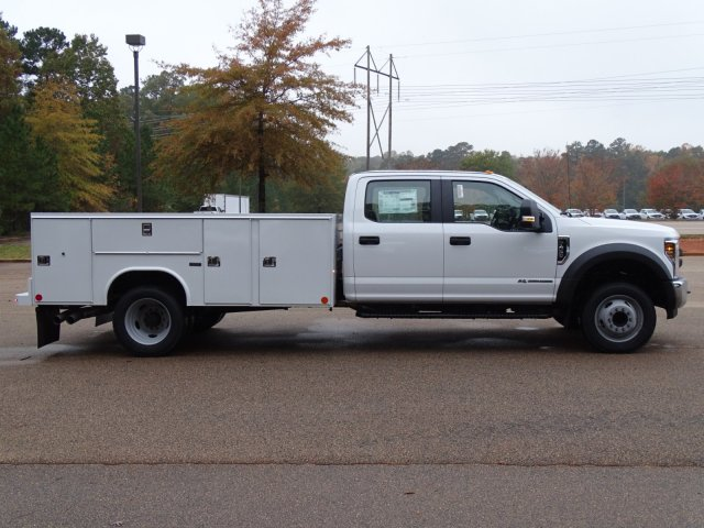2019 F-450 Crew Cab DRW 4x2,  Reading Service Body #T989147 - photo 6