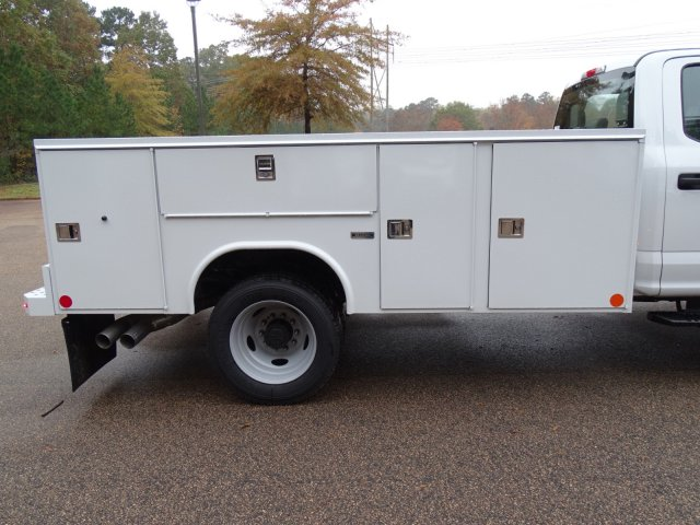 2019 F-450 Crew Cab DRW 4x2,  Reading Service Body #T989147 - photo 38