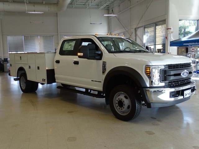 2019 F-450 Crew Cab DRW 4x2,  CM Truck Beds Service Body #T989193 - photo 5