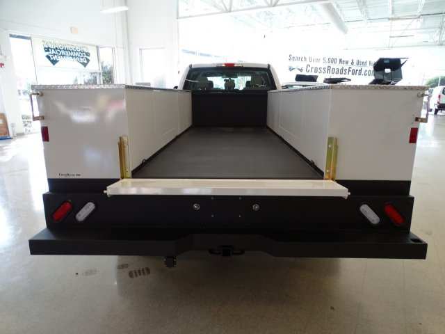 2019 F-450 Crew Cab DRW 4x2,  CM Truck Beds Service Body #T989193 - photo 33