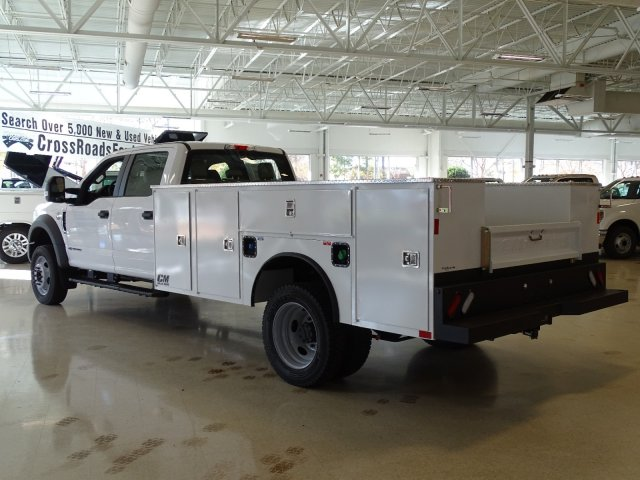 2019 F-450 Crew Cab DRW 4x2,  CM Truck Beds Service Body #T989193 - photo 2