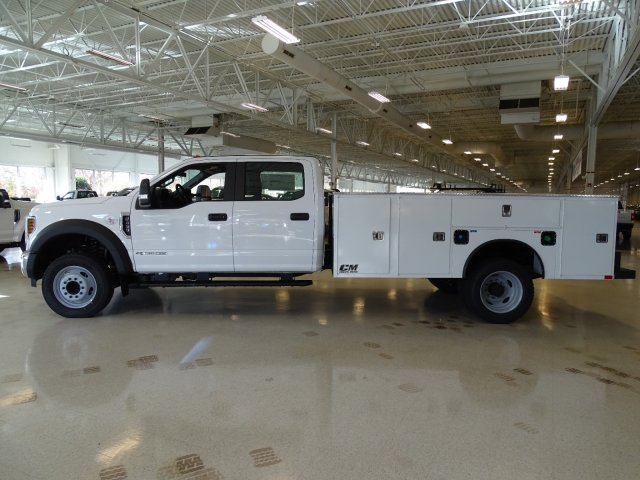 2019 F-450 Crew Cab DRW 4x2,  CM Truck Beds Service Body #T989193 - photo 3