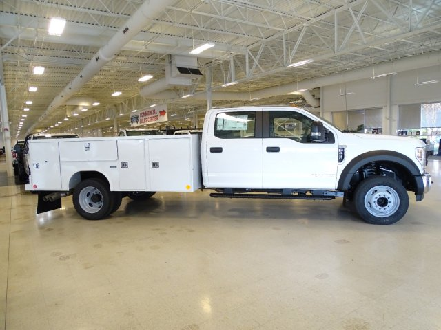 2019 F-450 Crew Cab DRW 4x2,  Reading Service Body #T989210 - photo 5