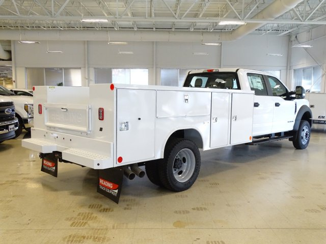 2019 F-450 Crew Cab DRW 4x2,  Reading Service Body #T989210 - photo 4