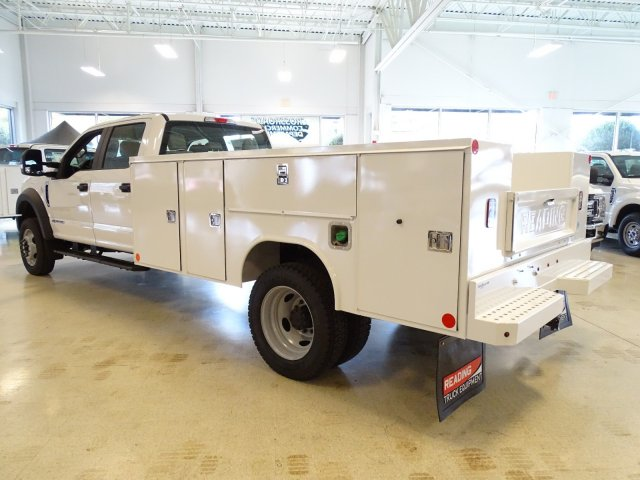 2019 F-450 Crew Cab DRW 4x2,  Reading Service Body #T989210 - photo 2