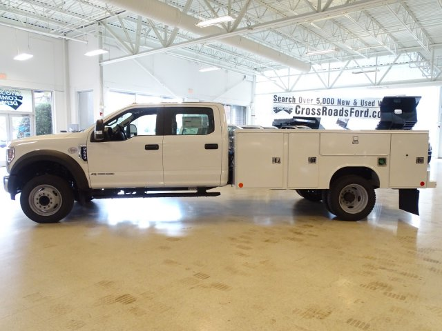 2019 F-450 Crew Cab DRW 4x2,  Reading Service Body #T989210 - photo 7
