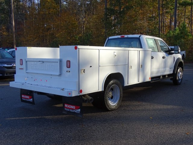 2019 F-450 Crew Cab DRW 4x4,  Reading SL Service Body #T989246 - photo 4