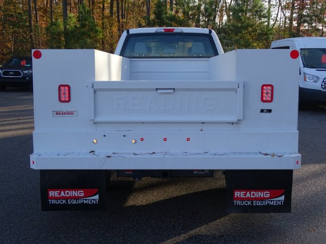 2019 F-450 Crew Cab DRW 4x4,  Reading SL Service Body #T989246 - photo 5