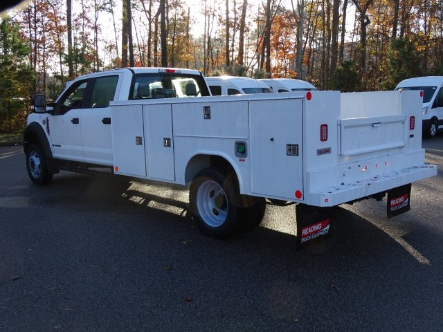 2019 F-450 Crew Cab DRW 4x4,  Reading SL Service Body #T989246 - photo 2