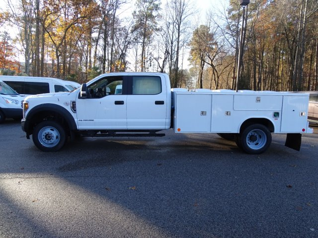 2019 F-450 Crew Cab DRW 4x4,  Reading SL Service Body #T989246 - photo 6