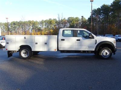 2019 F-450 Crew Cab DRW 4x4,  Reading SL Service Body #T989246 - photo 3