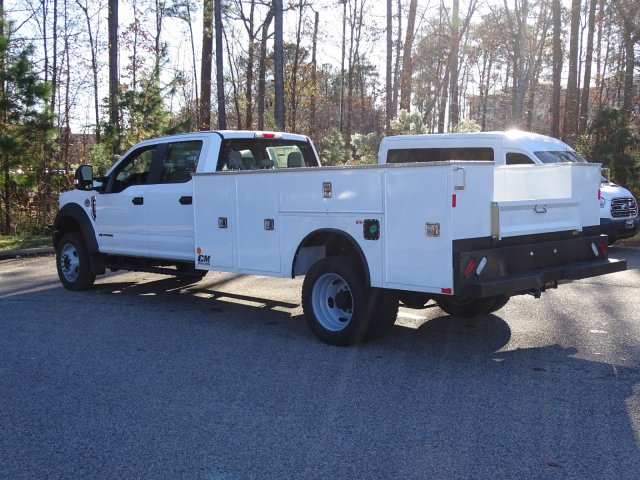 2019 F-450 Crew Cab DRW 4x2,  CM Truck Beds Service Body #T989317 - photo 4