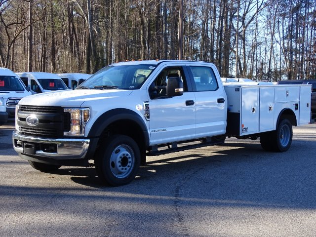 2019 F-450 Crew Cab DRW 4x2,  CM Truck Beds Service Body #T989317 - photo 6