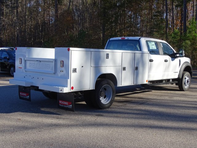 2019 F-450 Crew Cab DRW 4x2,  Reading Service Body #T989552 - photo 3