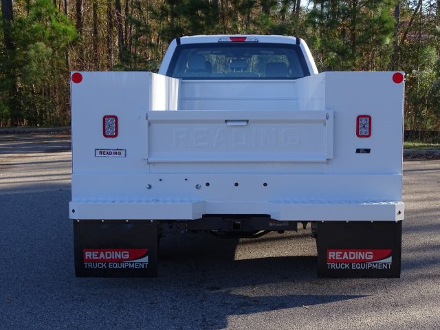 2019 F-450 Crew Cab DRW 4x2,  Reading Service Body #T989552 - photo 2