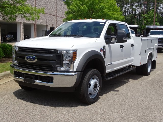 2019 F-450 Crew Cab DRW 4x2,  Reading Service Body #T989855 - photo 1