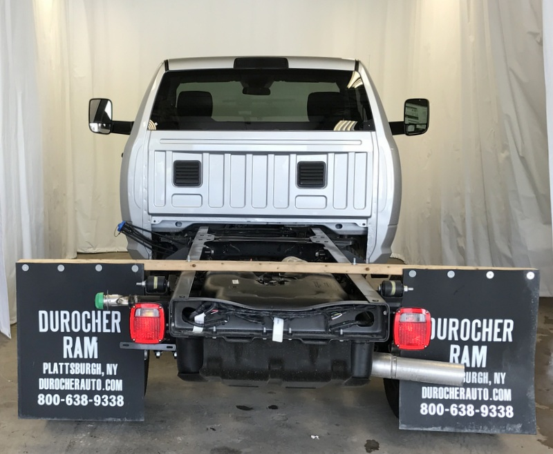 2017 Ram 3500 Regular Cab DRW 4x4, Cab Chassis #T17224 - photo 4