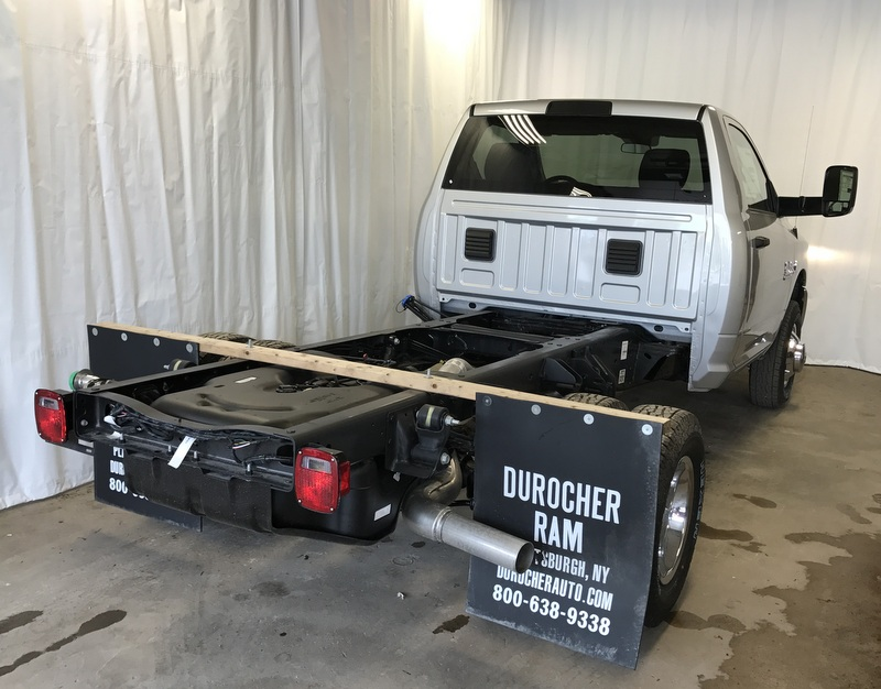 2017 Ram 3500 Regular Cab DRW 4x4, Cab Chassis #T17224 - photo 5