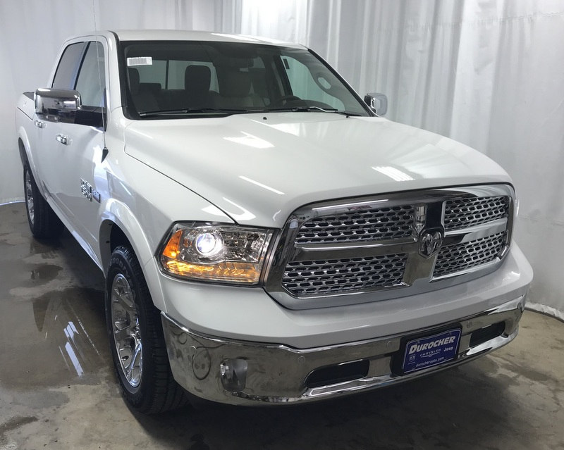 2017 Ram 1500 Crew Cab 4x4 Pickup #T17295 - photo 4