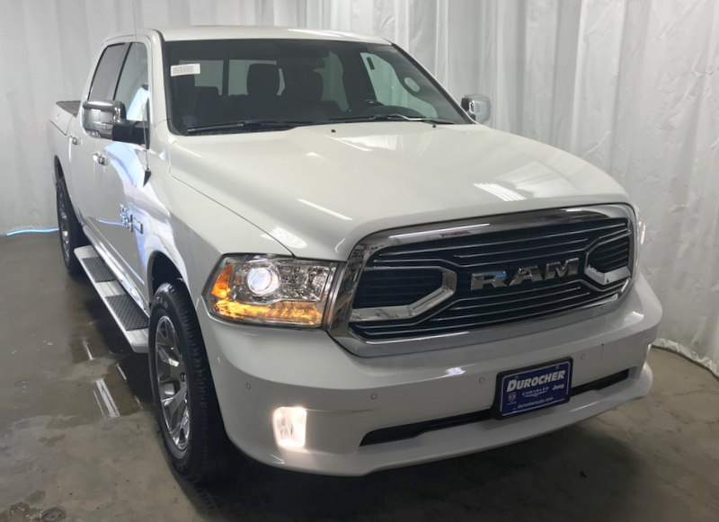 2018 Ram 1500 Crew Cab 4x4 Pickup #T1804 - photo 4