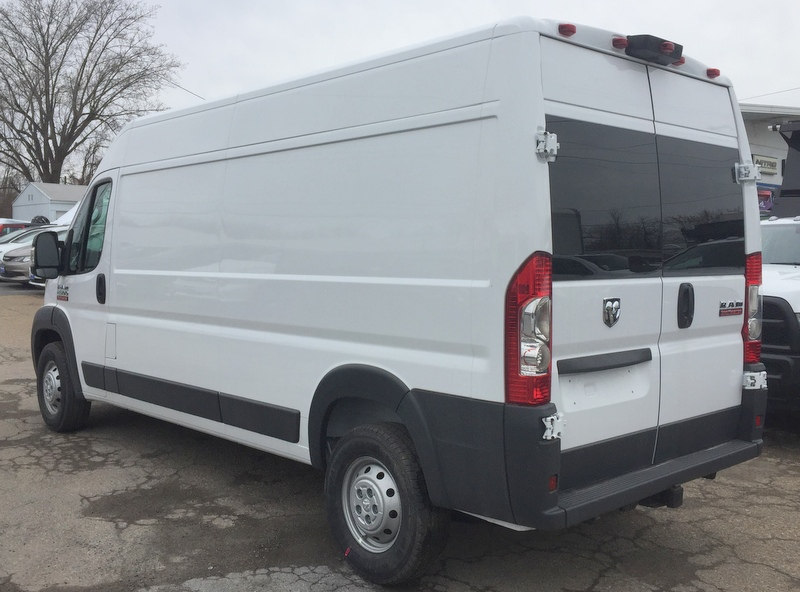2018 ProMaster 2500 High Roof, Cargo Van #T18192 - photo 4