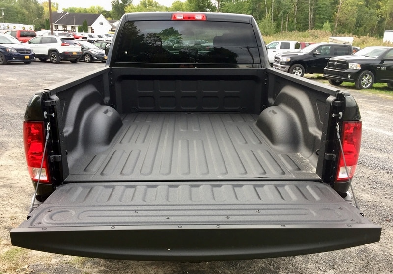 2018 Ram 3500 Crew Cab 4x4,  Pickup #T18271 - photo 5