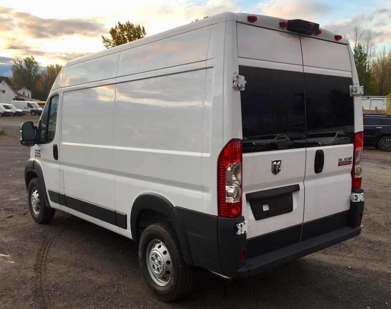 2018 ProMaster 2500 High Roof FWD,  Empty Cargo Van #T18292 - photo 3