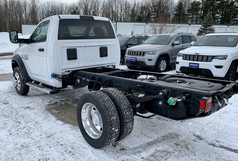 2018 Ram 5500 Regular Cab DRW 4x4,  Cab Chassis #T18306 - photo 2
