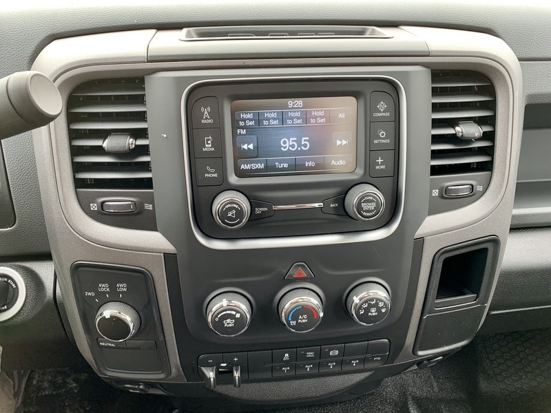 2018 Ram 5500 Regular Cab DRW 4x4,  Cab Chassis #T18331 - photo 10