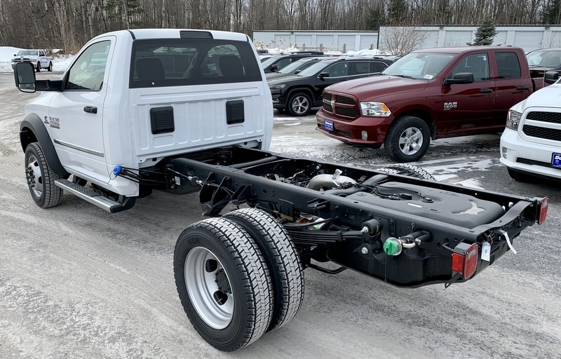2018 Ram 5500 Regular Cab DRW 4x4,  Cab Chassis #T18331 - photo 2