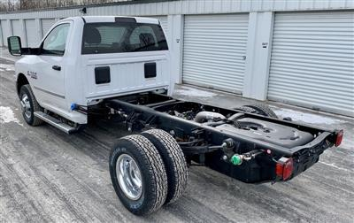 2018 Ram 3500 Regular Cab DRW 4x4,  Cab Chassis #T18352 - photo 2
