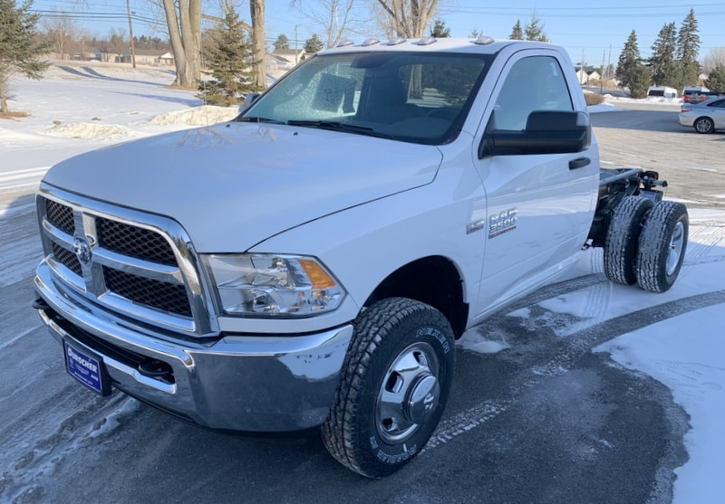 2018 Ram 3500 Regular Cab DRW 4x4,  Cab Chassis #T18354 - photo 1