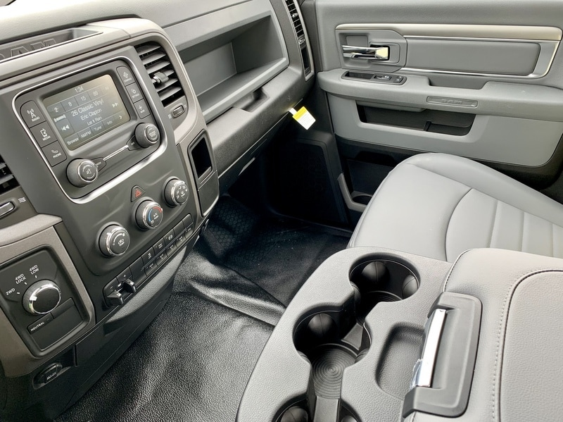 2018 Ram 5500 Regular Cab DRW 4x4,  Cab Chassis #T18355 - photo 7