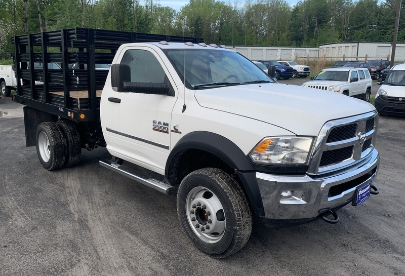2018 Ram 5500 Regular Cab DRW 4x4,  Reading Steel Stake Bed #T18355 - photo 4
