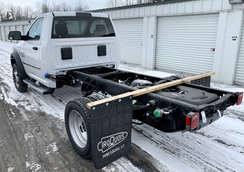 2018 Ram 5500 Regular Cab DRW 4x4,  Cab Chassis #T18355 - photo 2